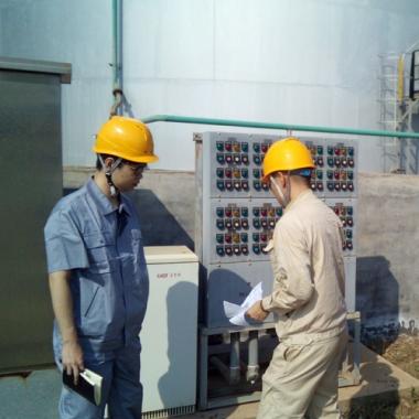 莱州港某油储运输企业罐区防爆电气服务现场